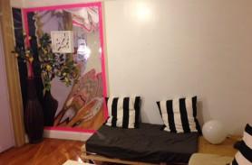 Ruhige Wohnung mit leuchtenden Zimmer